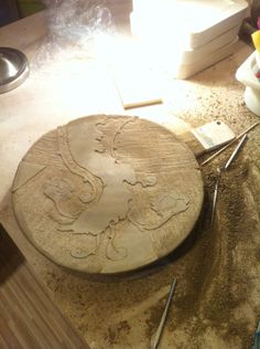ceramic plate decor workshop by nomen omen studio