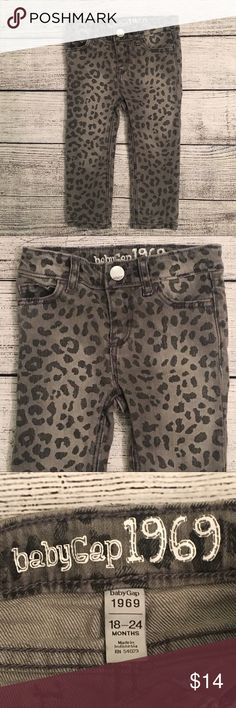 Baby Gap Girls skinny jeans with adjustable waist. VGUC- normal wash/wear GAP Bottoms Jeans