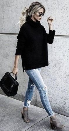 Get the look: slouchy black turtleneck Slouchy black turtleneck sweater with skinny jeans and peep toe booties Mode Outfits, Fashion Outfits, Office Outfits, Womens Fashion, Fashion Vest, Fashion Boots, Fashion Weeks, Teen Outfits, Dress Fashion
