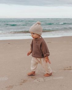 My little best friend. Seriously loving his age right now, he's so much fun and I love watching his little personality form and his bond… So Cute Baby, Baby Kind, Cute Kids, Cute Babies, Baby Boy Fashion, Fashion Kids, Fashion Fashion, Baby Outfits, Children Outfits