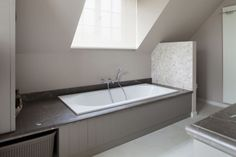 Belgian Style, Corner Bathtub, Home Deco, Sweet Home, Attic, Interior, Bathrooms, House, Inspiration