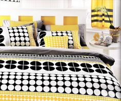 Customizable King Size White Grey Black and Yellow Geometric Round Dots Design Printed Bedding Set