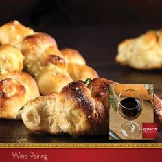 Join us after work for a drink and appetizers. Pair our homemade Coal-Fired Garlic Knots with a fruitful long and harmonious Shiraz.