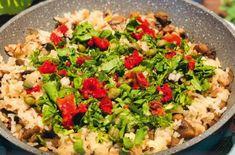 Fried Rice, Cobb Salad, Fries, Ethnic Recipes, Food, Essen, Meals, Nasi Goreng, Yemek