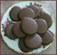 Mint patty recipe - dark chocolate (check); no flour (check); yum (will have to check)