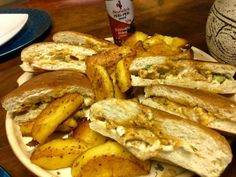Nandos Style Chicken Pita recipe by Mrs Admin (mashuda) Pita Recipes, Sandwich Bread Recipes, Copycat Recipes, Cooking Recipes, Chicken Pita, Chicken Chili, Sandwich Cream, Chicken Marinades, Food Categories