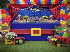 Show da Luna Circus Theme Party, Birthday Party Decorations, Party Themes, Superhero Birthday Party, Son Luna, Baby Shower, Holidays And Events, Alice, Birthdays
