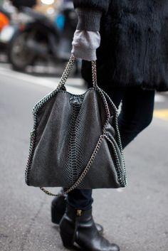 Stella McCartney - I want this bag!- Stella McCartney – I want this bag! Stella Mccartney Bag, Stella Mccartney Falabella, Fashion Handbags, Fashion Bags, Fashion Shoes, Stella Bag, Falabella Bag, Parisienne Chic, Vegan Fashion