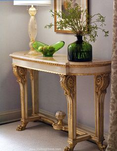 Marvelous Home Dacor And Luxury Furniture   Beautiful Empire Carved Console Table  With Valencia Marble Top In The Corner Of The Room With Venetian Glass Lamp