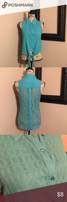 💖Very Cute Stylish Summer Blouse💖 Cute turquoise button up, sleeveless blouse with lace back. NWT! Says XL but fits more like a Medium. 🚫Smoke free home 🚫❌No trades❌20% off all bundles❣️All reasonable offers considered😊🛍📦Quick shipping ❣️📦📫 Kate Collection Tops Blouses