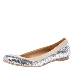 Now that's a cute flat shoe!