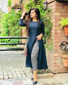Beautiful And Stylish Dresses - Modest ideas - Simple Kurti Designs, Kurta Designs Women, Salwar Designs, Plain Kurti Designs, New Kurti Designs, Churidhar Designs, Indian Designer Outfits, Indian Outfits, Designer Dresses
