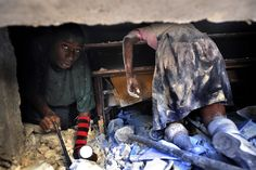 The Death of Innocence. Port au Prince, Haiti. Published January 10, 2010 in The Washingoton Post. Washington DC USA.  http://www.pulitzer.org/works/2011-Breaking-News-Photography