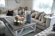 livingroom, salon, couleur pale, gris, blanc, beige, chandelles, sofa, deco, home decor