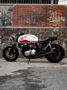 Suzuki - via Cafe Racer Culture