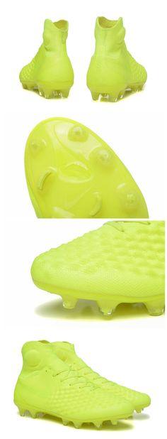 timeless design fc4b5 c95b6 Châssis en Nylon pour toujours plus de légèreté et de résistance.Nouvelle Nike  Magista amortis