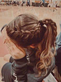 Athletic Hairstyles, Sporty Hairstyles, Easy Hairstyles For Long Hair, Teen Hairstyles, Game Day Hair, Basketball Hairstyles, Medium Hair Styles, Long Hair Styles, Sport Hair