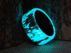 "Bentwood Ring - ""Aglow"" Deer Antler on Padauk Wood Liner and Stabilized Phosphorescent Glow Antler Ring, Slate Stone, How To Make Rings, Wood Rings, Love Craft, Deer Antlers, Walnut Wood, Unique Rings, Laser Engraving"