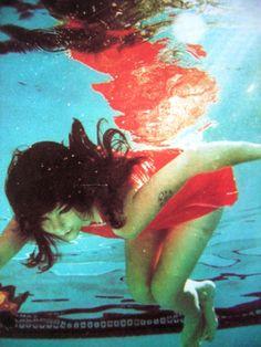Björk underwater