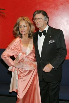 Pierre mit Ehefrau Hella, bei der Verleihung der Diva