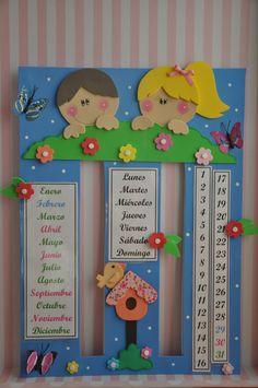Manualidades Reme: Calendario para el Cole Kindergarten Activities, Preschool Crafts, Diy Crafts For Kids, Activities For Kids, School Board Decoration, Class Decoration, School Calendar, Kids Calendar, Classroom Board