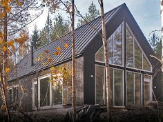 fi Modern prefab homes Cottage Design, House Design, Scandinavian Cabin, Modern Prefab Homes, Modern Cabins, Eco Friendly House, Girl House, Sustainable Architecture, Rustic Farmhouse