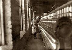 1908 Daniel Mfg. Co. Girl beginning to spin -  Lincolnton, NC