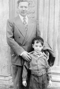 Joseph Manilow and his grandson Barry Alan Pincus.