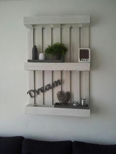 Do it yourself also known as DIY is the method of building modifying or repairing something without the aid of experts or professionals Decor, Interior Design Diy, Diy Déco, Pallet Decor, Inside Decor, Wood Crafts, Home Decor, Diy Interior, Diy Wall Art