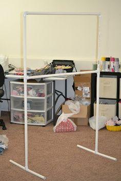DIY Clothing Rack-/ need this for garage sales! | Pin 4 Reno