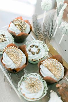 Von Azteken-Gold und Maya-Schokolade Hilal & Moses http://www.hochzeitswahn.de/inspirationsideen/von-azteken-gold-und-maya-schokolade/ #inspriation #wedding #sweets