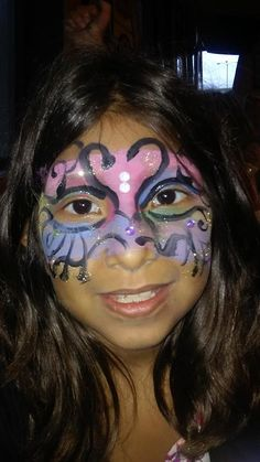 #princesscrownfacepaint #mardigrasfacepaint #pizzahutsilversprings #funfacesballooncreationsfacepaint #ocalafacepaint