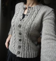 Ravelry: alpenglühen pattern by Isabell Kraemer. Available to buy on Ravelry Knit Cardigan Pattern, Sweater Knitting Patterns, Knitting Designs, Knit Patterns, Baby Knitting, Ravelry, Knit Fashion, Classic Outfits, Pulls