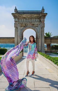 Farah Talib Aziz Midsummer Lawn Collection | LSM Eid Dresses 2015 http://clothingpk.blogspot.com/2015/08/farah-talib-aziz-midsummer-lawn-collection-2015.html