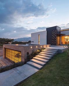 NR2 House designed by Roberto Burneo Arquitectos Location: #Quito #Ecuador --- #luxury #luxuryhome #architect #luxuryhouse #arquitectura #luxurylife #luxurylifestyle #mansion #mansions #mansionhouse #bighouse #bighouses #lights #homes #homesweethome #homestyle #homestead #homestyling #house #houses #architecture #architectureporn #design #modern #architects #casas #interior #interiordesign --- All credits correspond to photographer,designer,creator