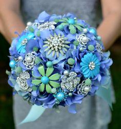 something blue vintage brooch wedding bouquet