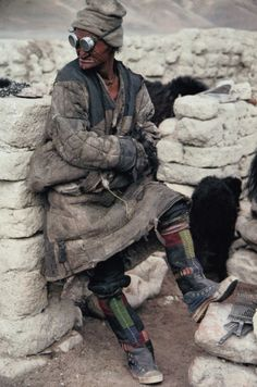 Apparently, the apocalypse have alreadyhappenedin Mongolia, so the mongols look kinda …post-apocalyptic… cruisingwithgunhead: ...