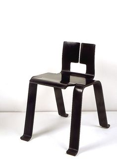 """1955_ 'OMBRE' CHAIR BY CHARLOTTE PERRIAND CREATE FOR THE EXPOSITION """"Synthèse des arts"""" IN TOKYO"""