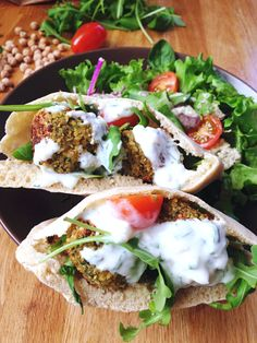 Falafel – Food And Drink Falafels, Falafel Pita, Falafel Sandwich, Veggie Recipes, Vegetarian Recipes, Cooking Recipes, Healthy Recipes, Healthy Eating Tips, Healthy Nutrition