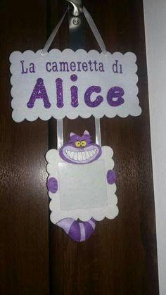 Targa camera Alice nel paese delle meraviglie