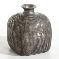 Kenza Sculptural Terracotta Vase AM.PM. : price, reviews and rating, delivery.  Kenza Sculptural Terracotta Vase. This stunning, hand-crafted sculptural vase oozes ethnic chic style. Size: Length 22 x width 22 x height 25 cm. Terracotta vase with aged silver-coloured finish.