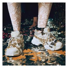 Gucci Fashion Show show trends activation Gucci Sneakers, Gucci Shoes, Sneakers Fashion, Fashion Shoes, Fashion Outfits, Gucci Fashion Show, Fashion Trends, Style Deco, My Style