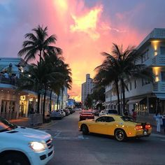 South beach vibes by @aannnneerrii #weekendvibes #southbeach #miami