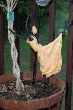 Garden Dancer : from Private collection Sculpture Ideas, Sculptures, Natural Materials, Plant Hanger, Dancer, Gardening, Fabric, Artwork, Plants