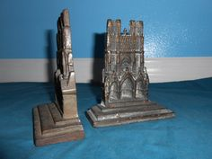 Vintage cast iron Rheims Cathedral Bookends
