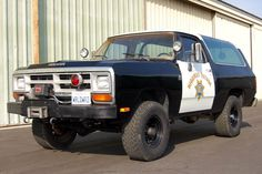 If we had the room we'd love to scoop up this 1989 CHP Dodge Ramcharger. Originally put into patrol service, the Ramcharger has complete service records. Dodge Trucks, 4x4 Trucks, Cool Trucks, Fire Trucks, Cool Cars, Old Police Cars, Police Truck, Radios, Dodge Ramcharger