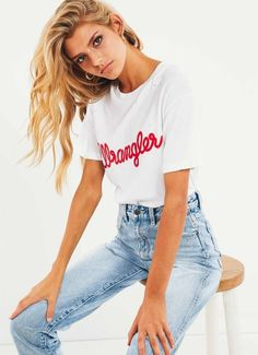 Shop Women's Fashion Wrangler Clothing, Wrangler Shirts, 70s Fashion, Fashion Brand, Cool Outfits, Summer Outfits, Vintage Tees, Vintage Logos, Easy Wear