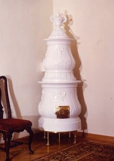 fessler-traditioneller-kachelofen-barockofen