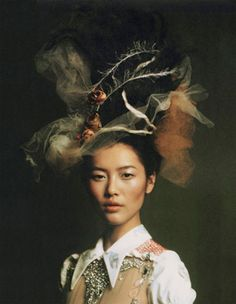 © 2011 ANETA BARTOS ALL RIGHTS RESERVED Model: Liu Wen Photographer: Aneta Bartos Zoo Magazine Spring 2010