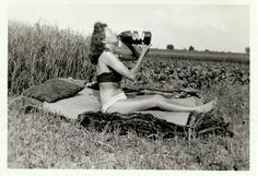 La transgresión cotidiana: elogio fotográfico de la mujer inconformista